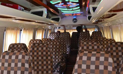 traveller interior checkered seating
