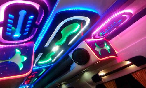 traveller-interior-ceiliing-multi-colored-led-lighting