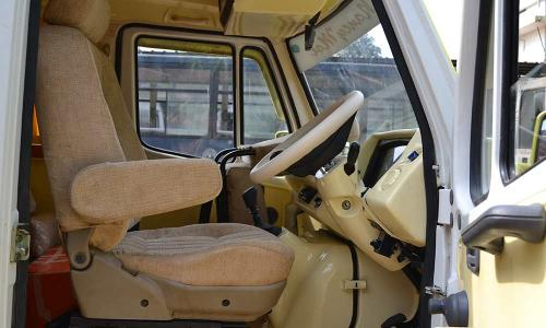 traveller-interior-highly-comforable-driving-seat