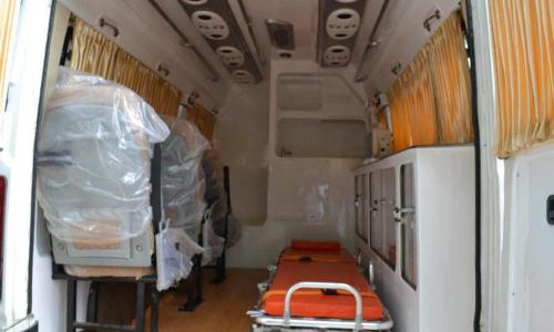 large-ambulance-interior-with-seats-bed