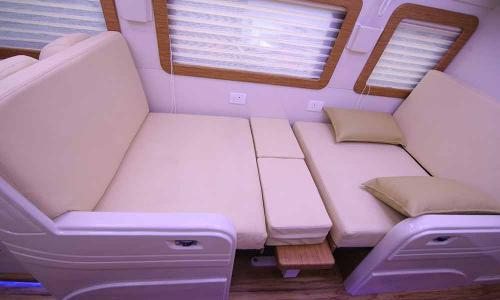 caravan-interior-posh-cushions